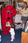 Daddy noticed in the paper that Clifford, Samantha's FAVORITE celebrity was going to be visiting a local bookstore.  We were so proud that Samantha warmed up to the giant red dog in no time.